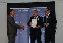 Tomás Prieto, de A Mediar Granada recibe la Medalla