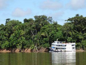 Barco Sembrando la Cultura de la paz, proyecto de Cooperación al Desarrollo