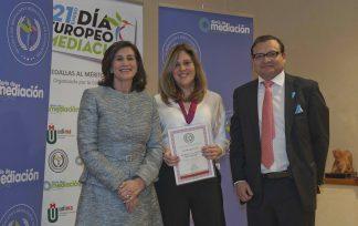 María Munné premiada con la Medalla de Diario de Mediación