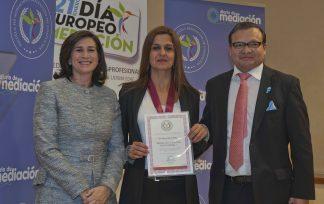Gema Gallardo Pérez, reconocida con la Medalla al Mérito Profesional 2019