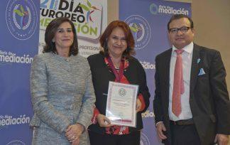 María del Carmen Marín Álvarez , medalla al mérito profesional 2019
