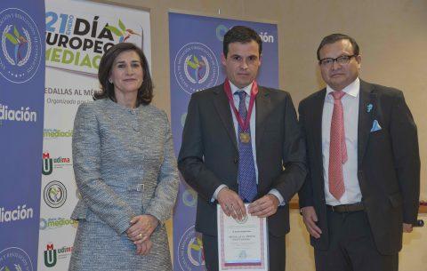 David Ceballos de AMECAN, premiado con la Medalla al Mérito Profesional 2019