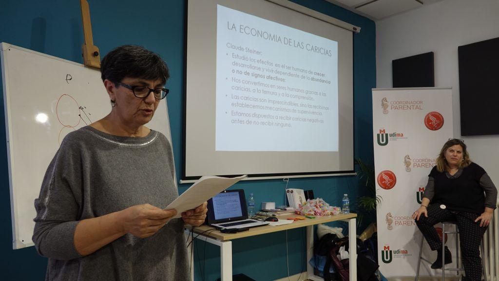Isabel Bujalance Gómez durante su ponencia en el 2 Encuentro de Coordinadores de Parentalidad