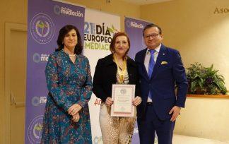 Medalla Mérito Profesional Rosalía Fernández Alaya