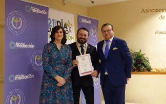 Medalla Mérito Profesional Carlos Villagrasa Alcaide